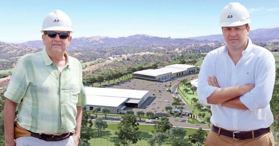 Arnoldo Estrada y José Antonio Herrero, de la empresa desarrolladora