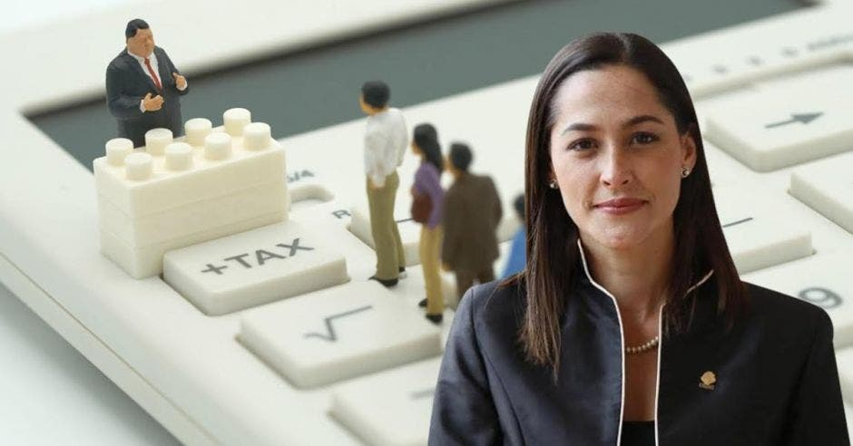María Inés Solís, diputada del PUSC. Elaboración propia-Shutterstock/La República.