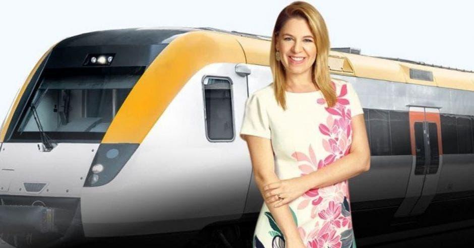 Claudia Dobles, primera dama, lidera el proyecto del tren. Archivo/La República.