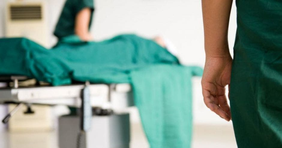Fallecimiento en cama de hospital