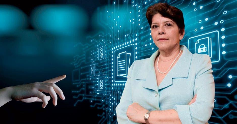 Marta Acosta, contralora general