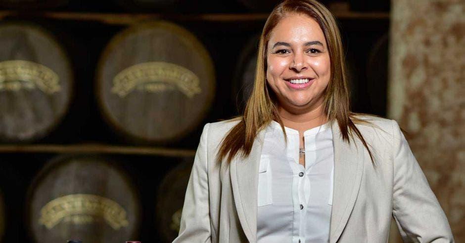 Dianne Medrano, Gerente General de Centenario Internacional frente a bebidas alcohólicas