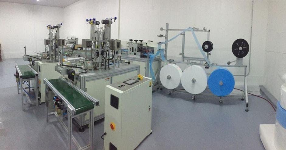 Maquina para elaboración de mascarillas