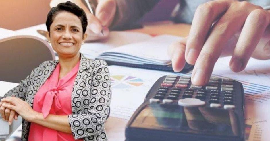 Yorleny León, diputada de Liberación Nacional con calculadora de fondo