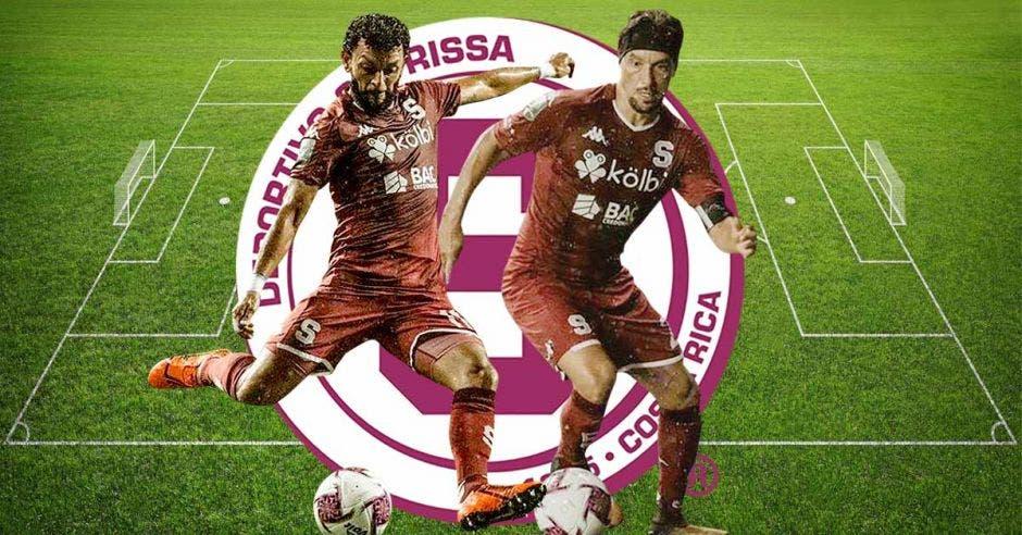 Michael Barrantes y Christian Bolaños sobre un escudo de Saprissa