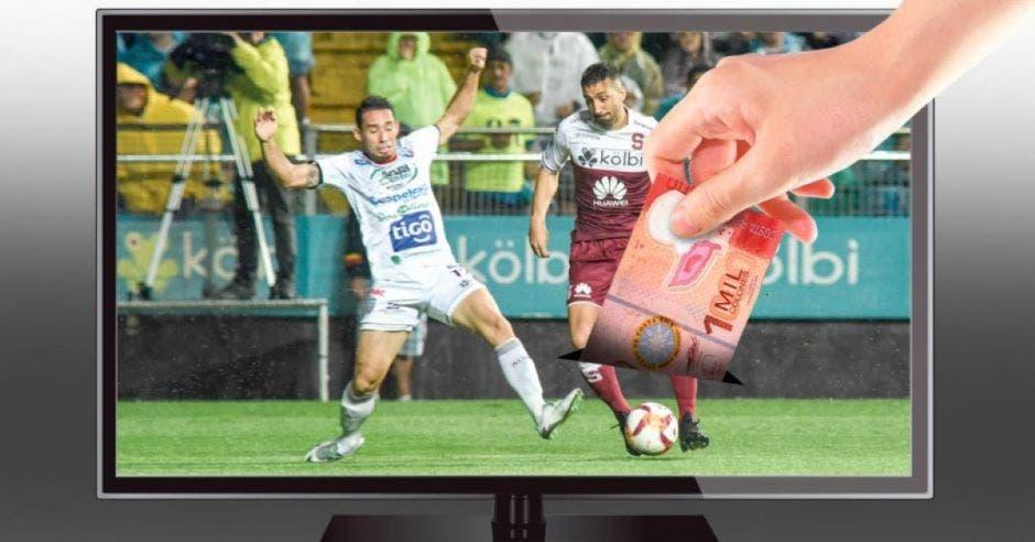 futbol nacional puesto en televisor