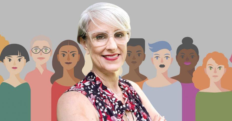 Abril Gordienko frente a arte de diferentes mujeres