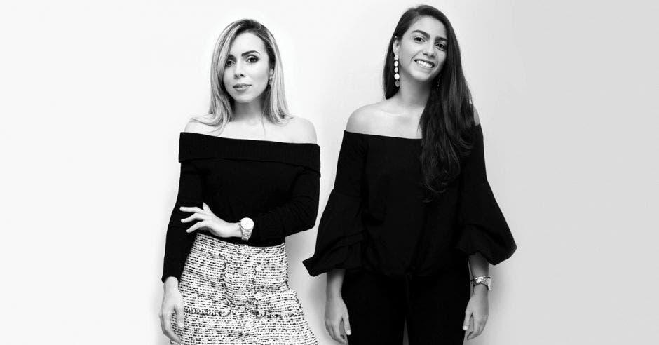 Diseñadoras en foto en blanco y negro