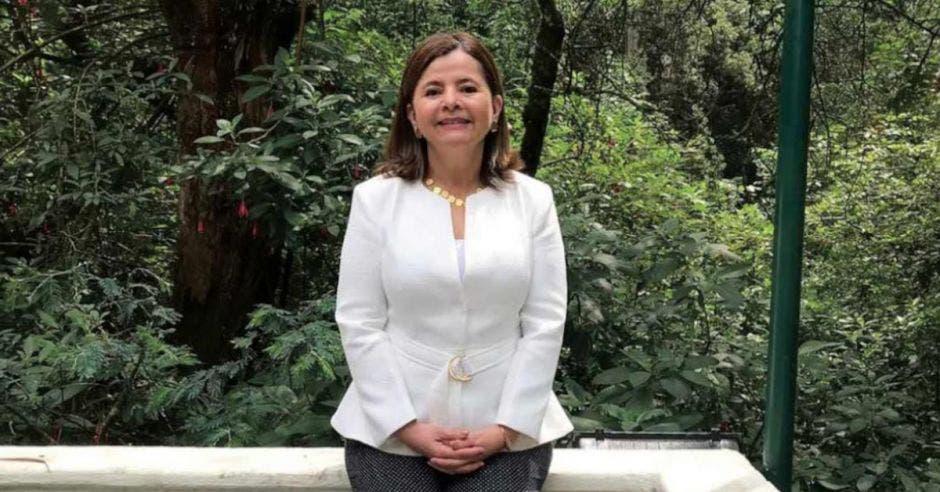 María Luisa Ávila, exministra de salud