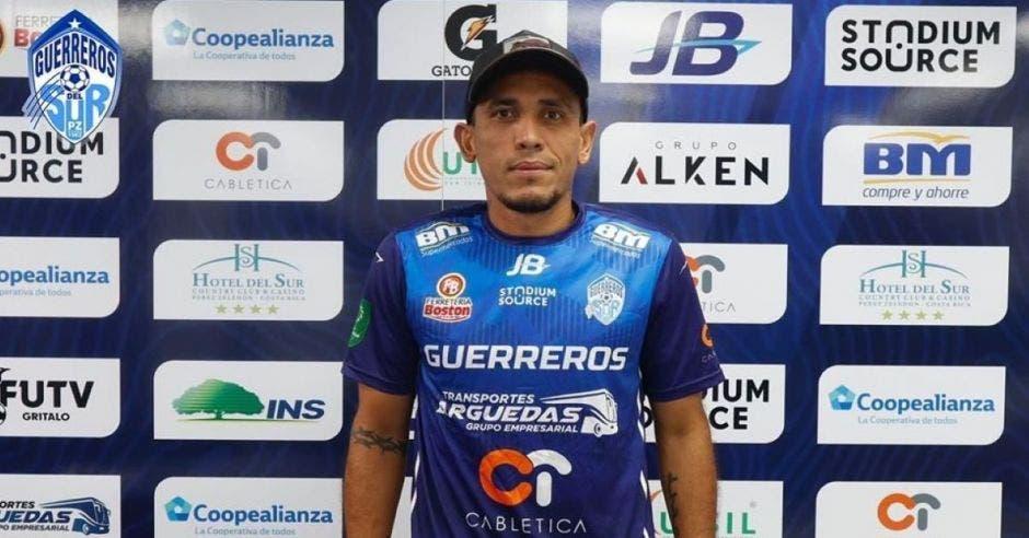 Luis Stewart Pérez regresa al redil