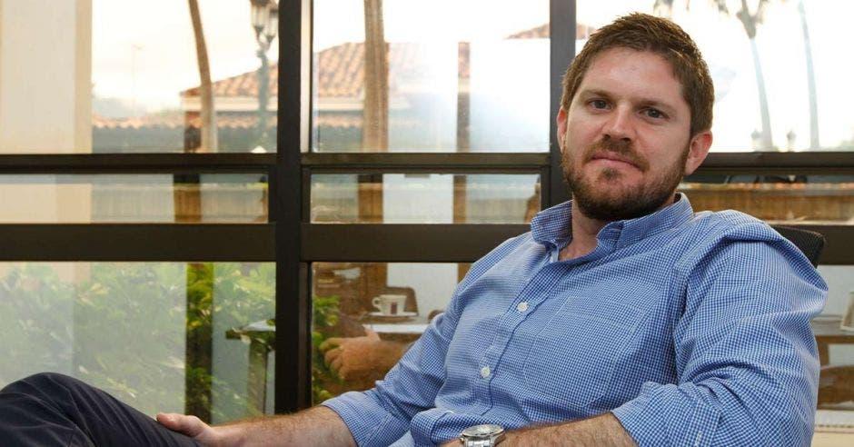 Aris Stamatiadis, Gerente Regional de Adquisiciones.