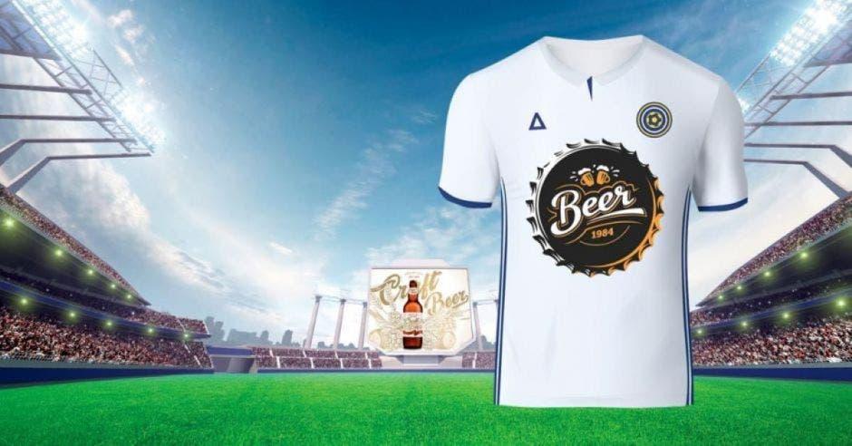 camiseta con logo de cerveza