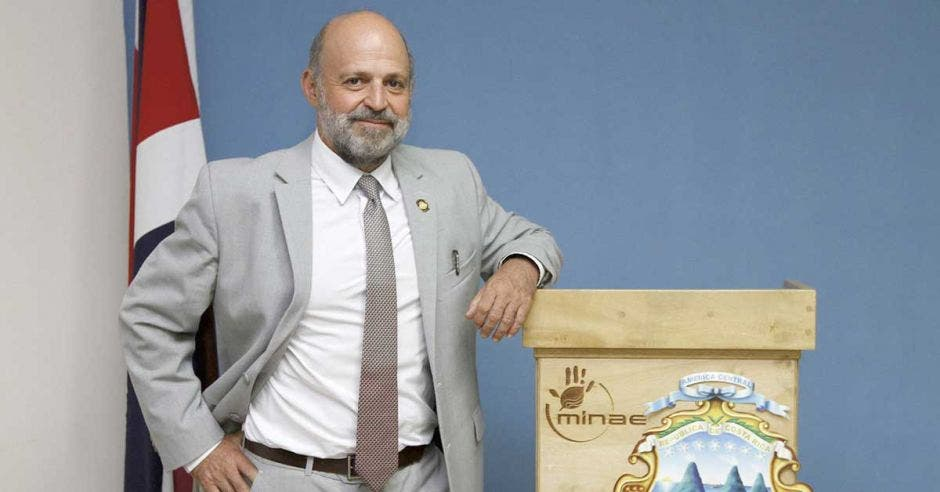 Carlos Manuel Rodríguez, ministro de ambiente