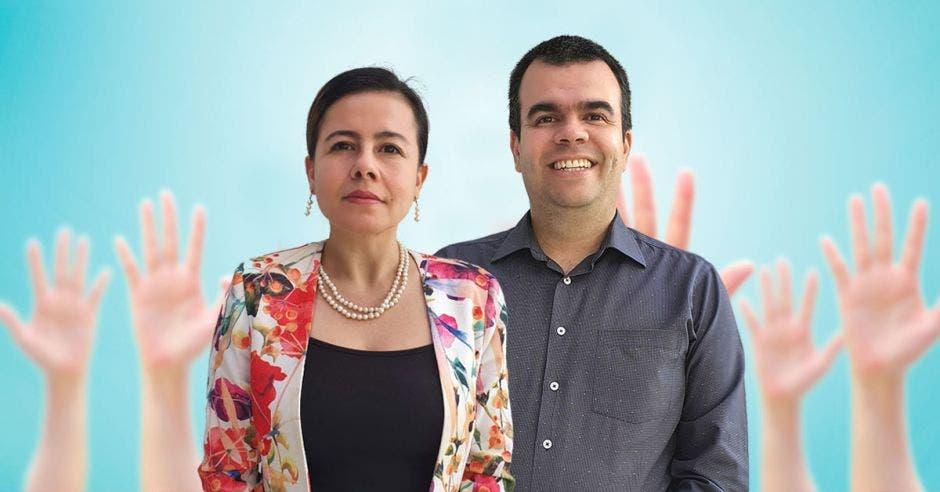 Jannet Tapasco y Jorge Mario Tobón, desarrolladores de la aplicación