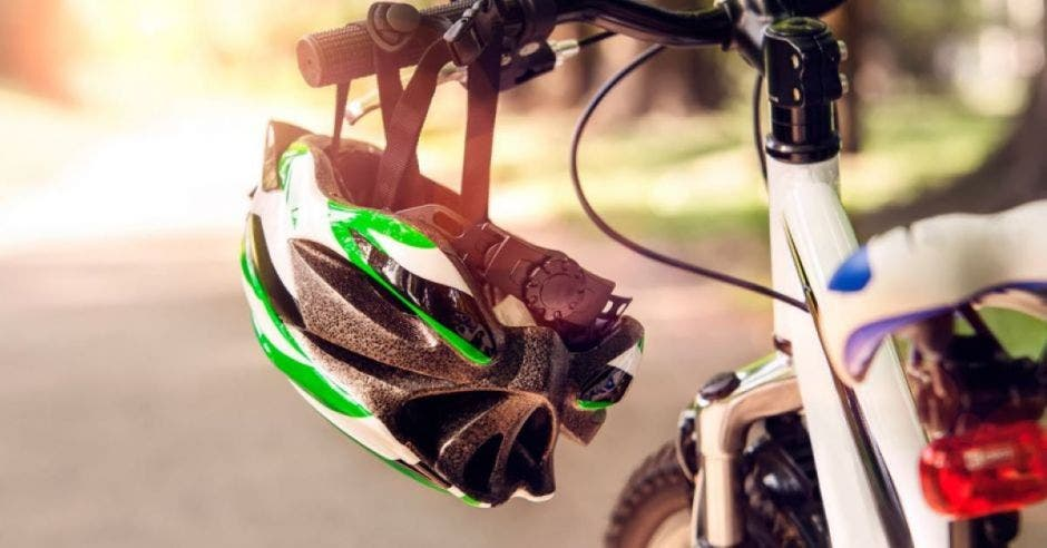 bici y casco