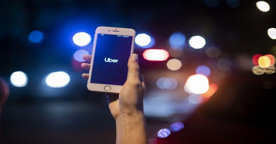 App Uber en celular