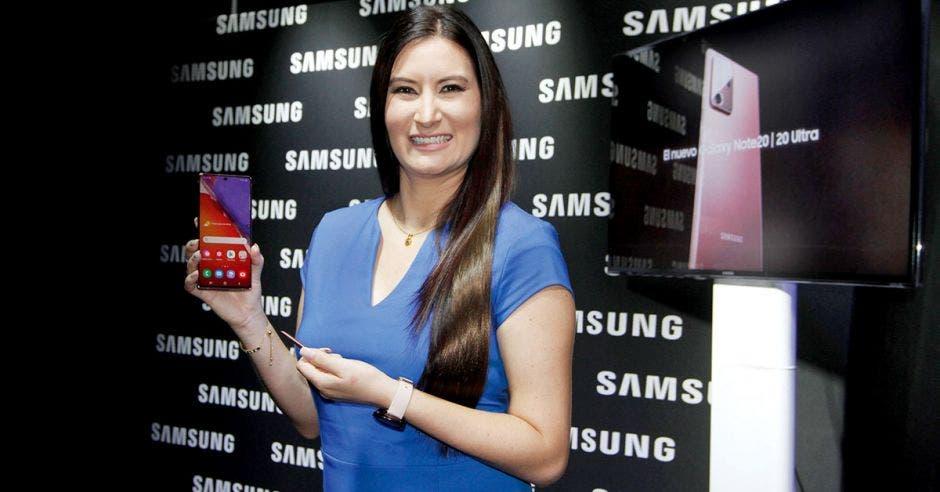 Andrea González, Gerente de Mercadeo de Samsung Electronics.