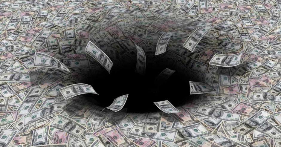 El ente seguirá generando pérdidas anuales y acumulando deuda, al no reducir sus gastos, mientras tiene un activo menos. Archivo/La República.