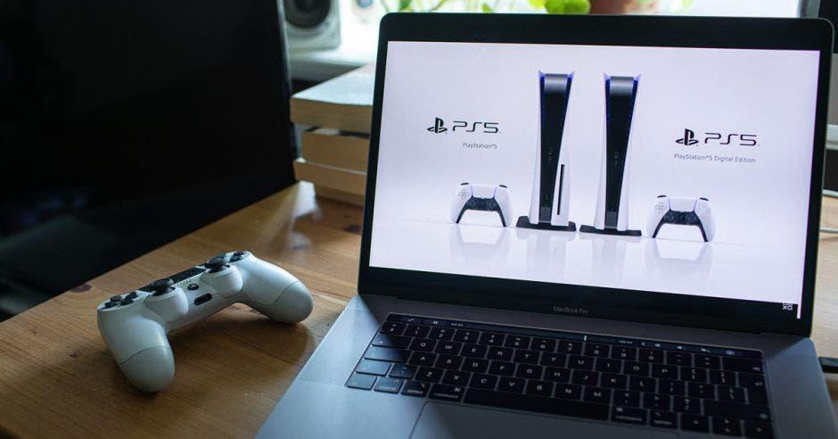 PlayStation 5 (PS5)