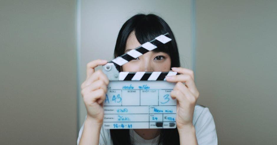Persona en grabación de película