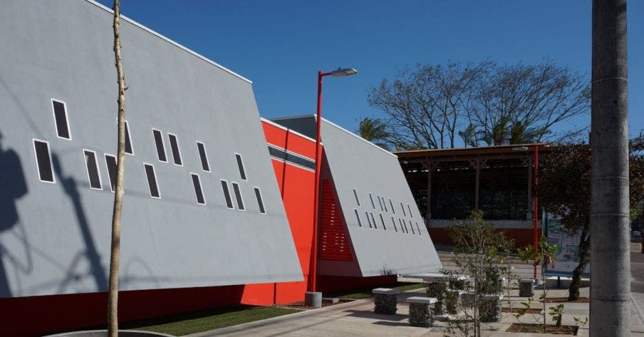 Centro Creativo para la Capacitación Artesanal del Cantón de Mora