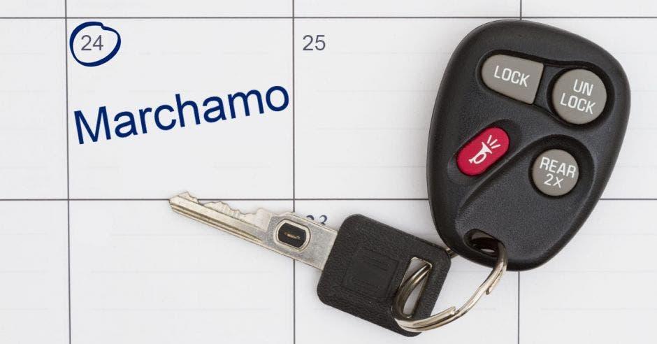 Llave de carro en calendario
