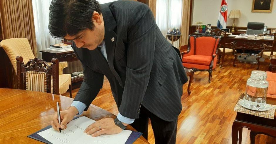 Carlps Alvarado, presidente de la República. Archivo/La República