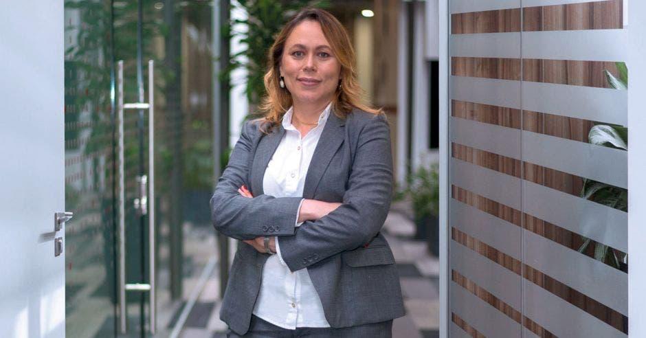 Evelyn Martínez, Directora de Capital Humano de Telecable.