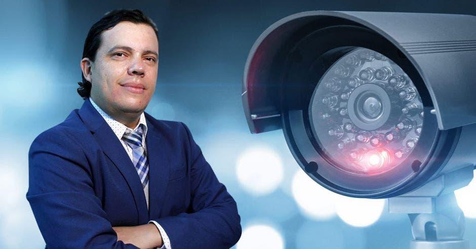 Johan Montero, director de Ibux