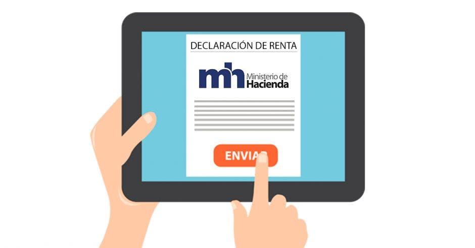 Persona con tablet presentando declaración de impuesto sobre la renta