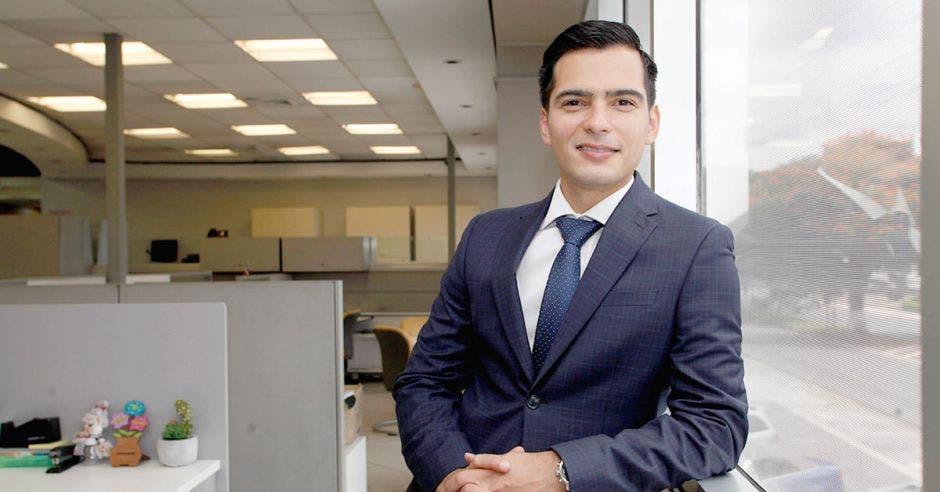 José Gutiérrez, Gerente de Regulación, Comunicación y Relaciones Públicas de Cabletica