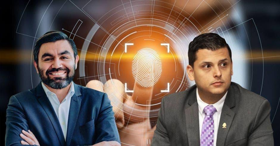 dos hombres en traje sobre la figura de una huella digital