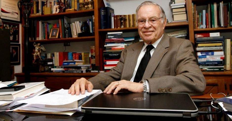 Miguel Ángel Rodríguez, expresidente de la República..