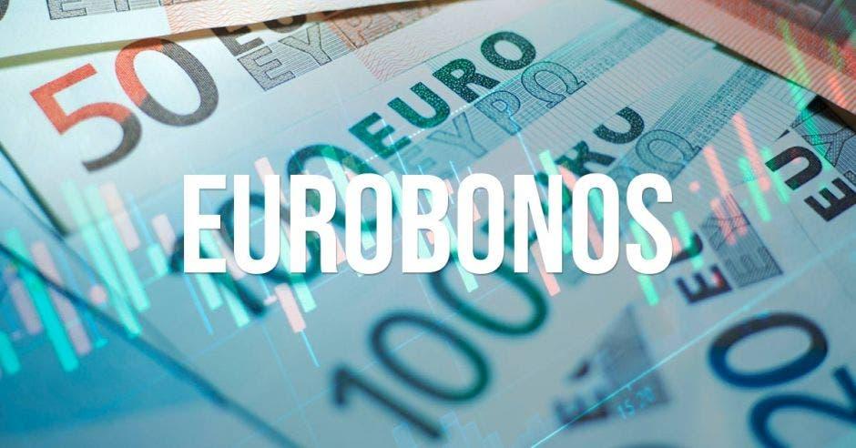 Billetes y palabra eurobonos escrita