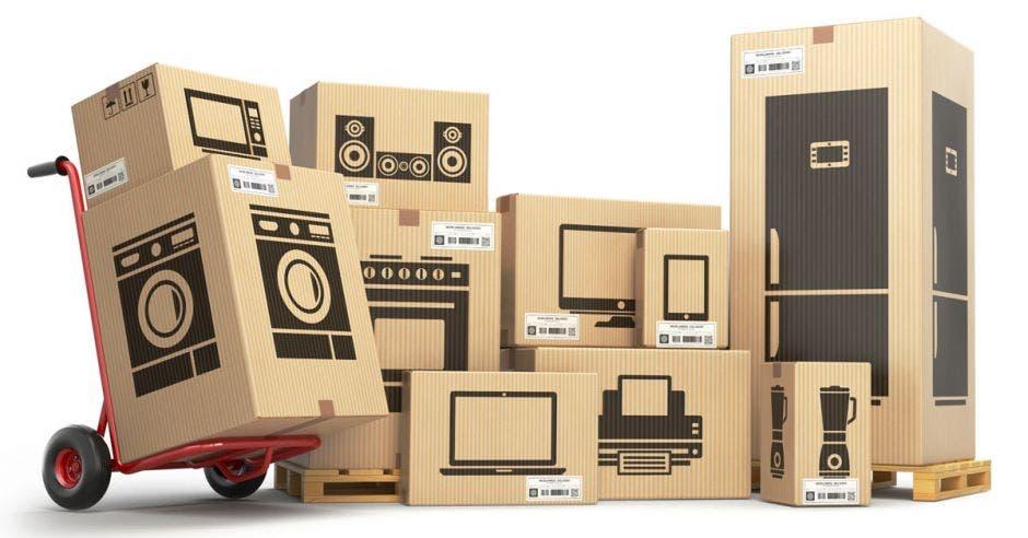 un conjunto de cajas de cartón