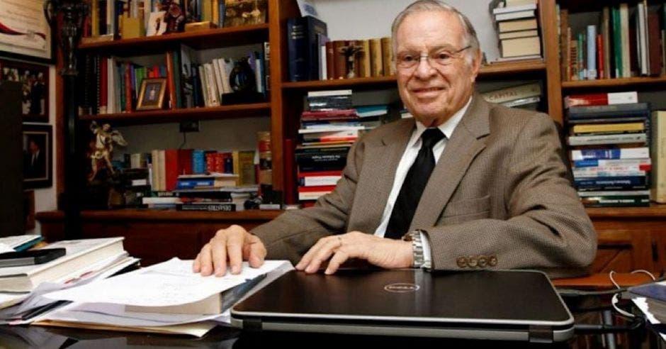 Miguel Ángel Rodríguez expresidente de la República