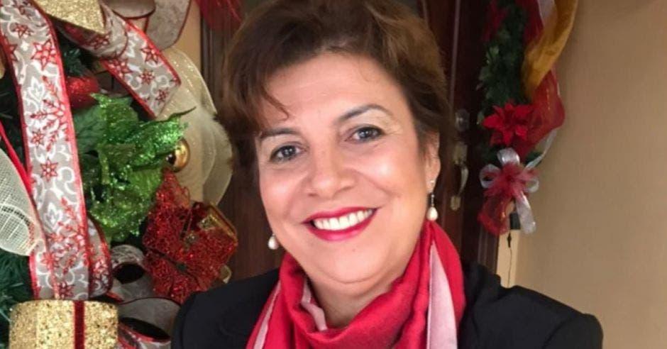 Martha Zamora candidata del PAC a la presidencia 2022