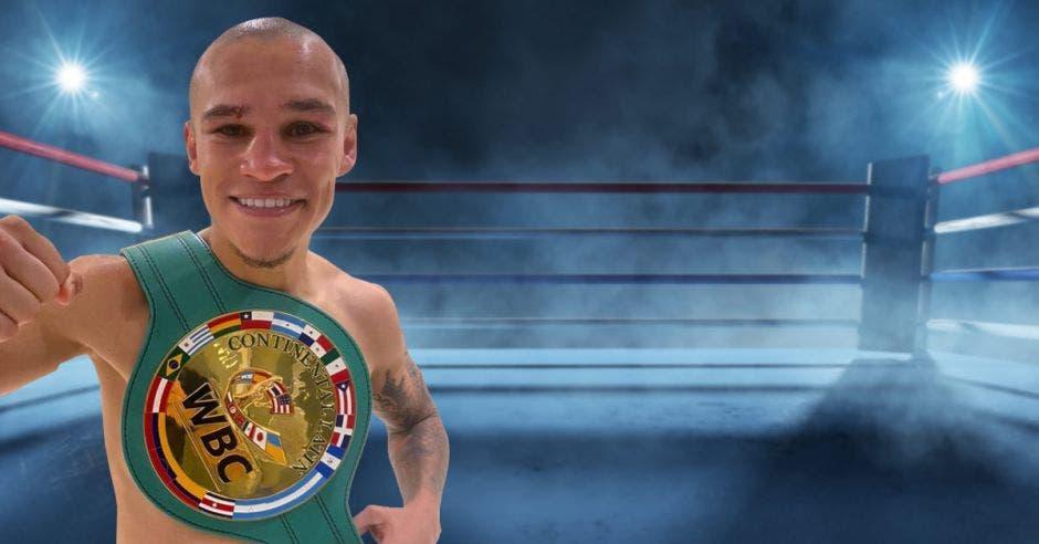 boxeador con cinturón de campeón sobre ring