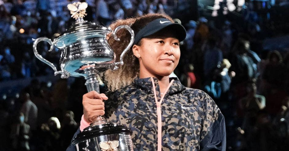 Naomi Osaka, nueva reina del tenis femenino