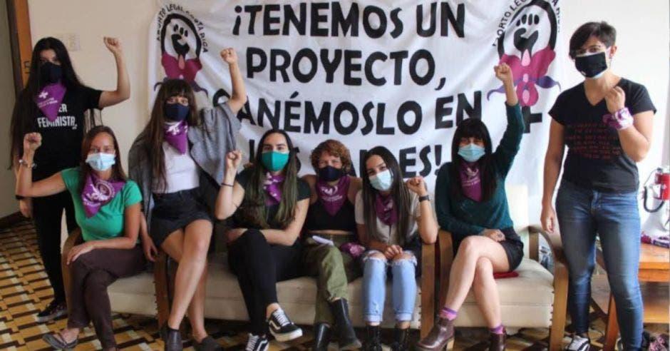 grupo de feministas que promueve el aborto libre, seguro y gratis