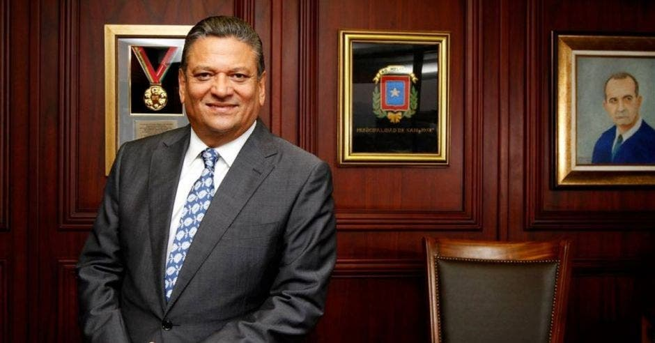 Johnny Araya, alcalde de San José