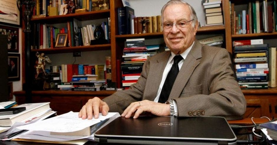 Miguel Ángel Rodríguez, expresidente.