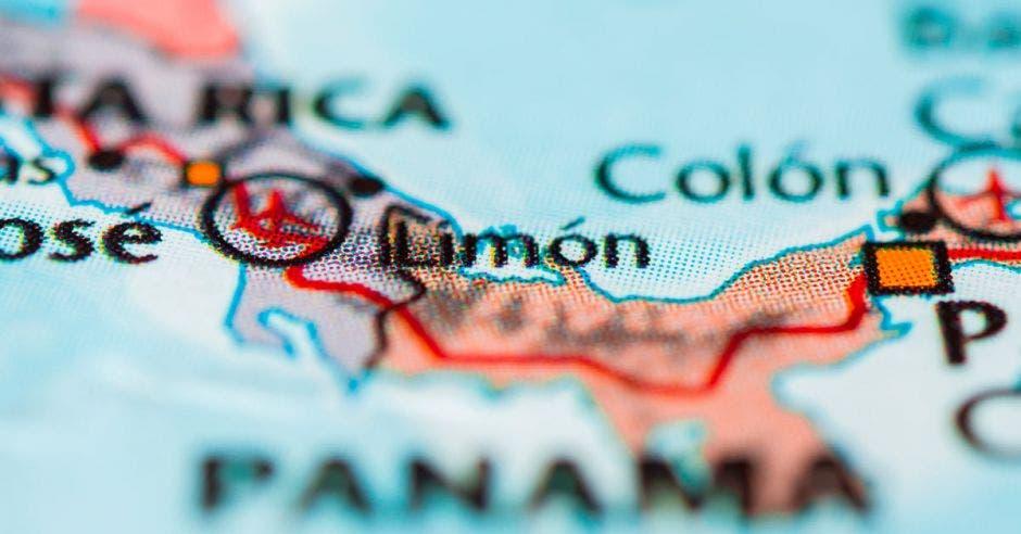 mapa de costa rica con avión en Limón
