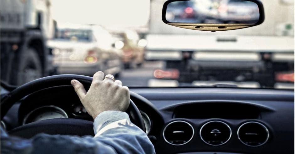 Persona en el volante
