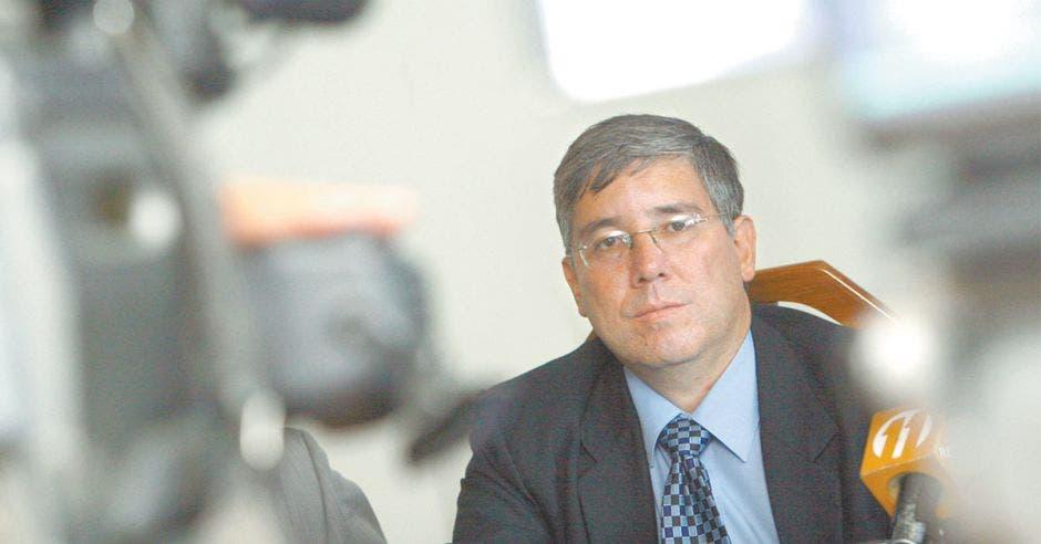 Adolfo Arias, director de Servicios de Telecomunicaciones del ICE