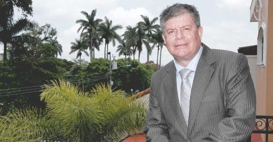 José Manuel Ulate.
