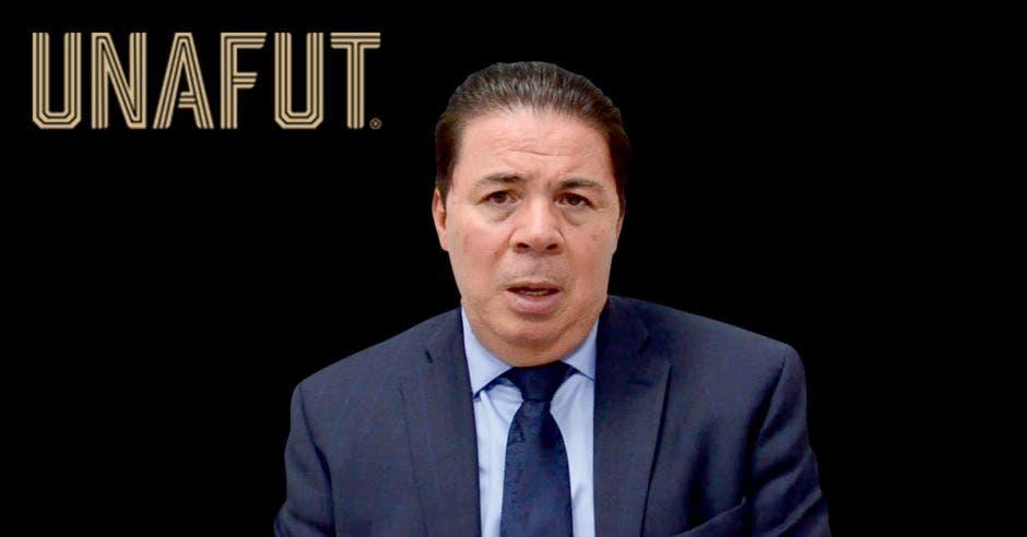 Julián Solano, preside una UNAFUT estancada en planificación