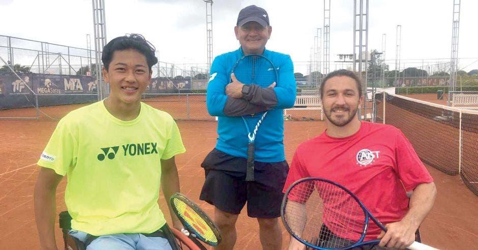 gil tenis