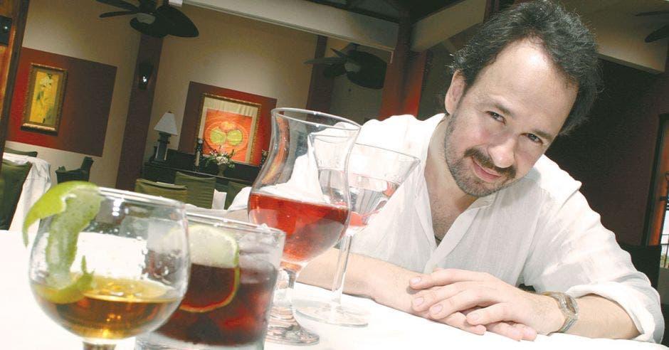 Sebastián Bossi es profesor de la Escuela Argentina de Sommeliers. Esteban Monge/La República