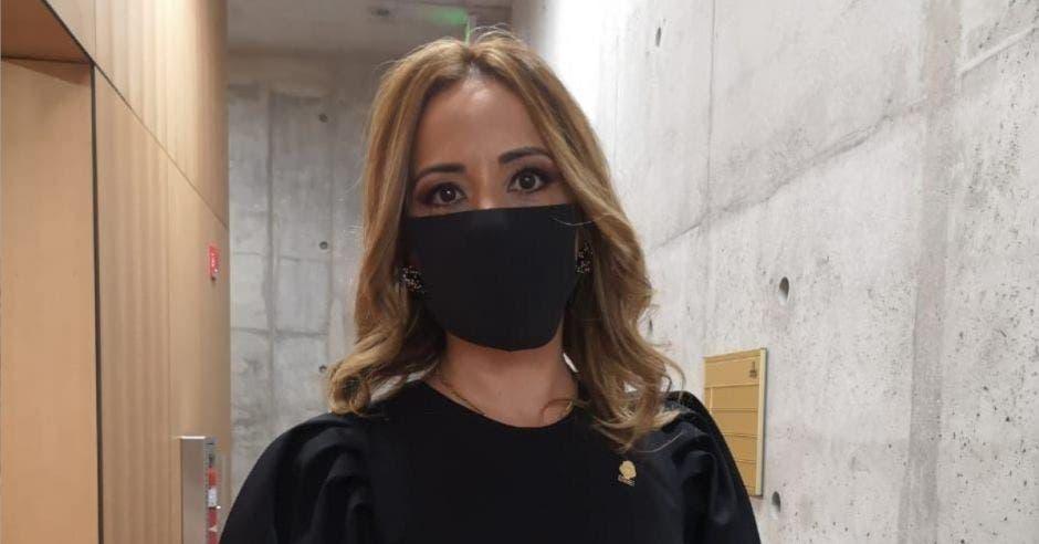 Karine Niño, diputada del PLN.